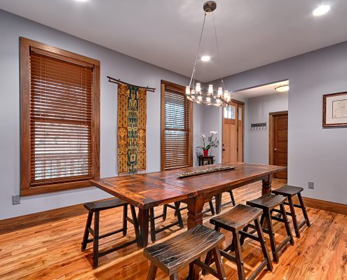 06 VillagePointe109-dining room