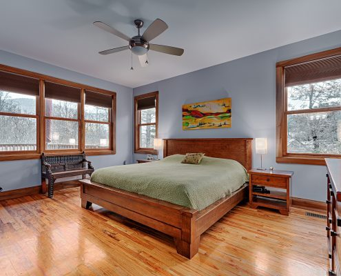 08 VillagePointe109-master bedroom